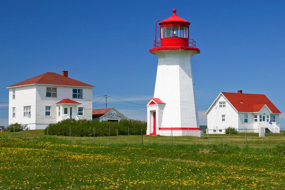 phare de cap d39espoir les maisons du phare hebergement With la maison rouge perce 14 phare de cap despoir les maisons du phare hebergement
